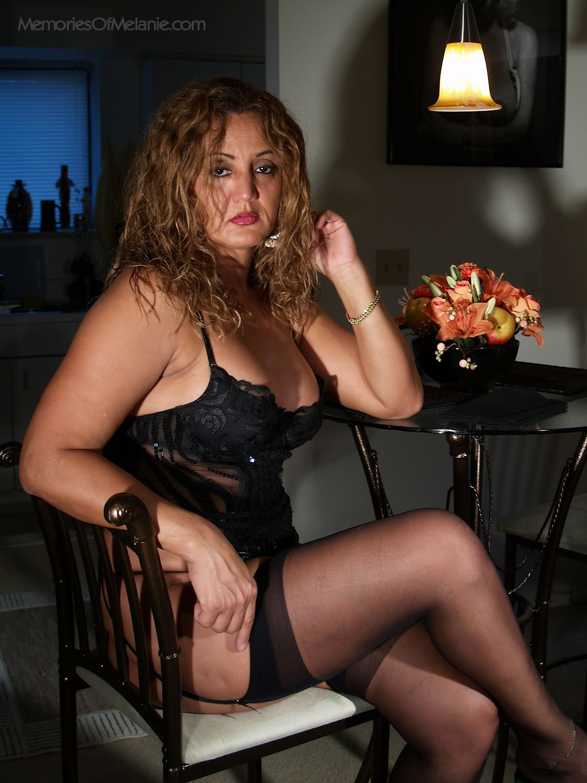 Glamour milf stockings