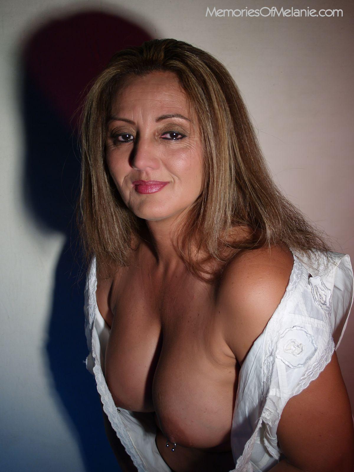 Deep cleavage